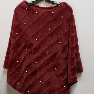 Burgundy poncho with pearls